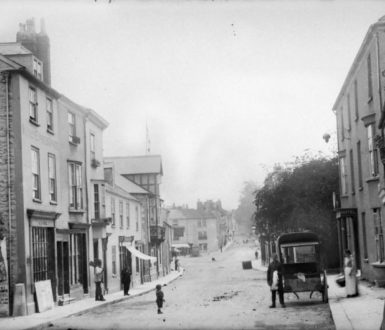 Very old photograph of Chudleigh Fore St