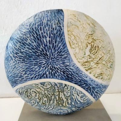 Round Stoneware Ceramic Picture Contemporary Sea Scape Jpg